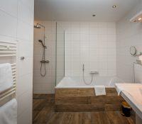 Badkamer suite 6